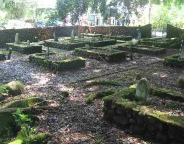 Makam Rajo Pagaruyung