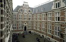 Gedung VOC di Amsterdam
