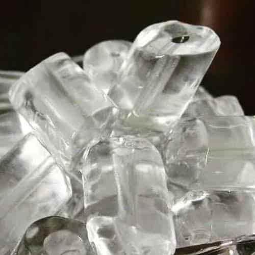 Cara menghilangkan kantung mata dengan. Es batu