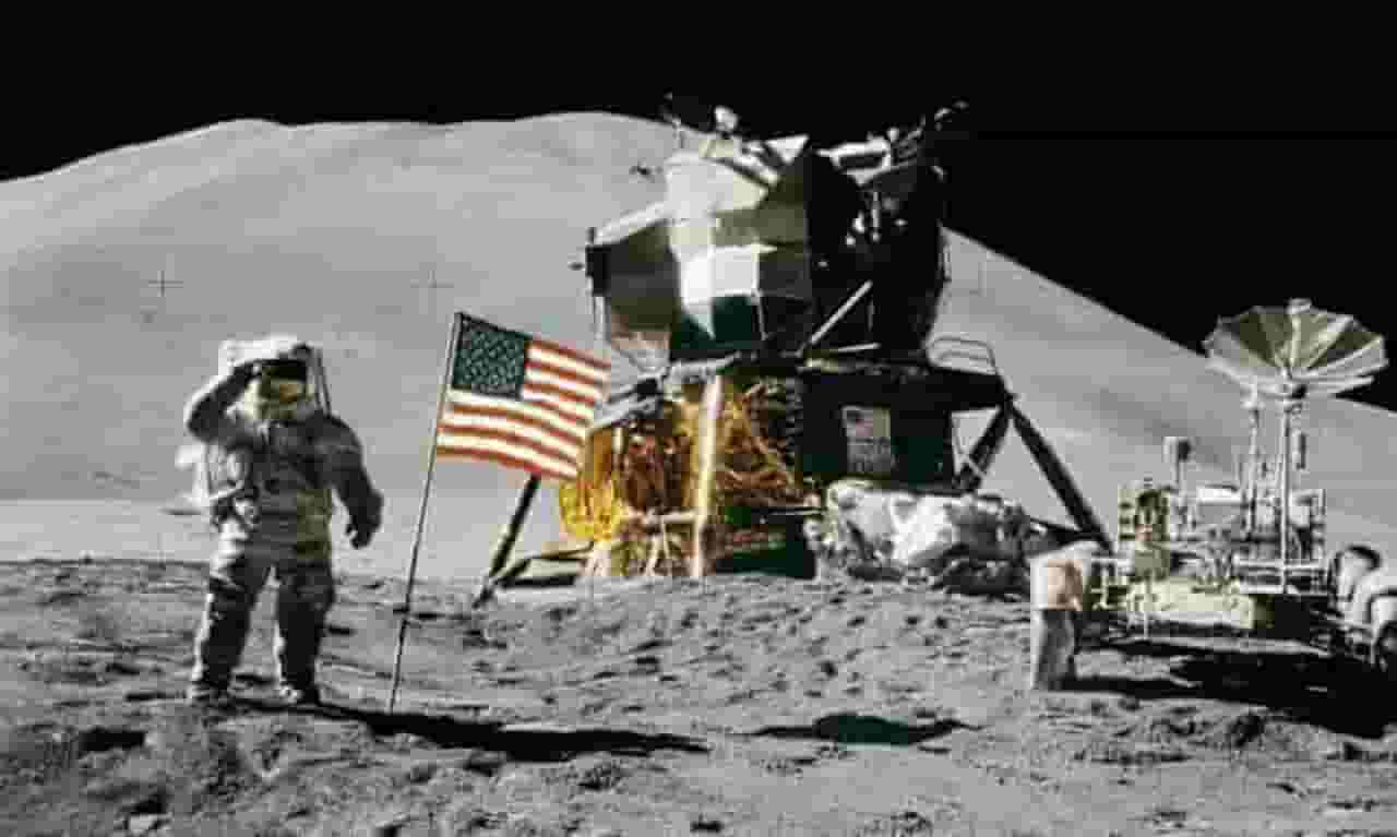 misi luar angkasa